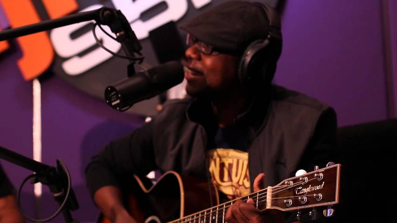 Zubz Acoustic @ UJFM